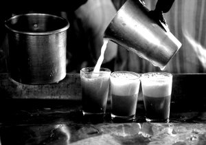 Chai shop (www.chaiwallahsofindia.com)