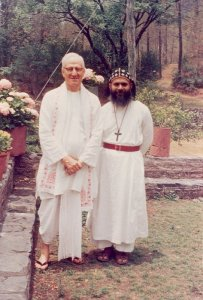 E. Stanley Jones with Mar Thoma Bishop Alexander Mar Theophilus (later Metropolitan Alexander Mar Thoma)